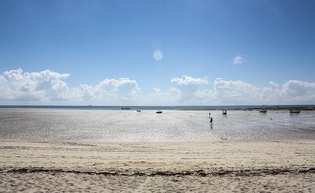 Пляж Момбаса